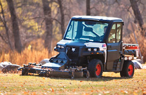 3650_UTV_with_mower-206412-127402-hr300