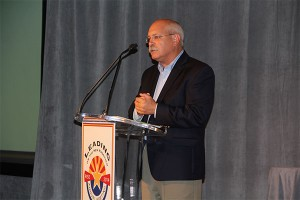 Dan Stahl speaks at the 2014 RISE meeting in Arizona. Photo: Seth Jones