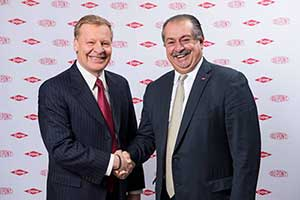 Edward Breen (left), chairman and CEO of DuPont, and Andrew Liveris, president chairman and CEO of Dow.