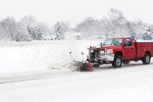 iS34876906snow-truck