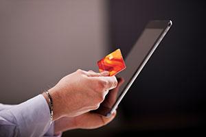 iS492447033_ipad-creditcard