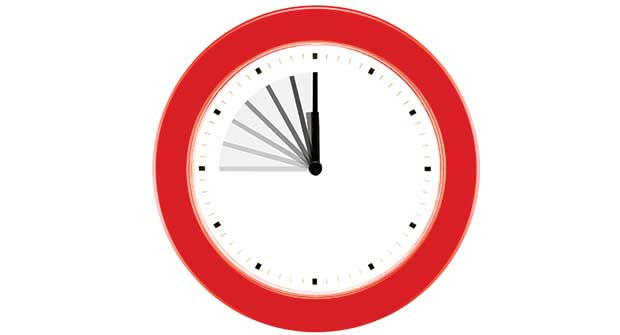 clock. Photo: iStock.com/carrollphoto