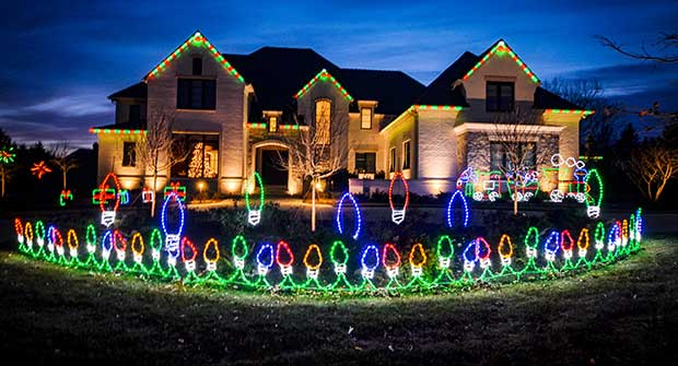 Holiday lighting installation (Photo: Brite Ideas)