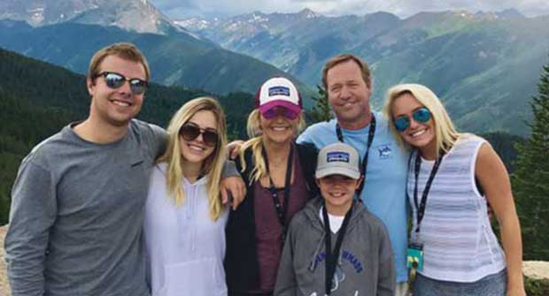 Regina Bozalis and family; Photo: Regina Bozalis