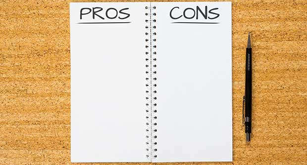 Pros and cons list (Photo: iStock.com/masterSergeant)
