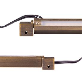 Soft-Wash Pro Rotatable Hardscape (Photo: Amp Lighting)