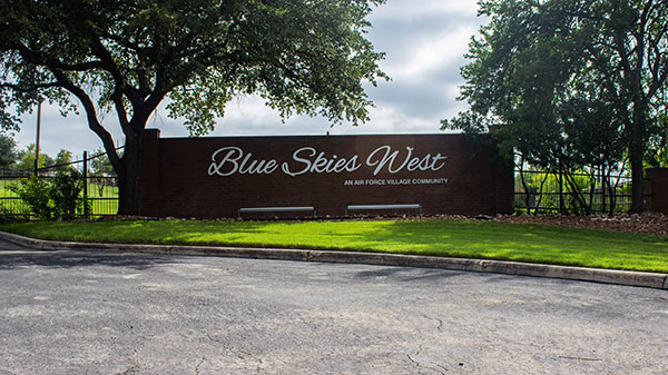 Blue Skies of Texas sign (Photo: Clean Scapes)