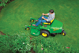 John Deere mower (Photo: John Deere)