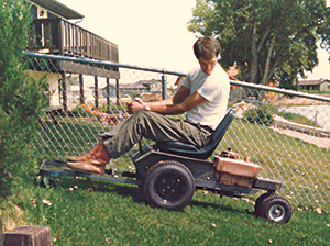 Model S Walker mower (Photo: Walker Manufacturing Co.)