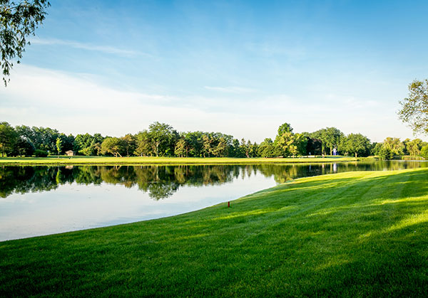 Lakes surrounding Kemper Lakes campus (Photo: Gayle Kruckenburg and Bryland Photography)