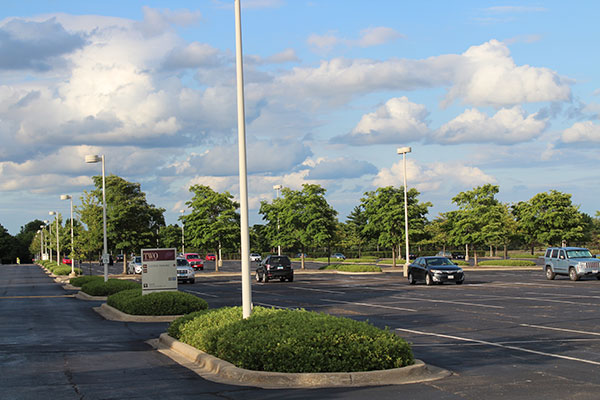 Parking lot layout at Kemper Lakes facility (Photo: Gayle Kruckenburg and Bryland Photography)