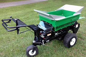 60SP topdresser (Photo: Earth & Turf Products)