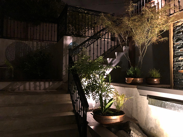 View of stairs at night (Photo: MRD Landscaping)