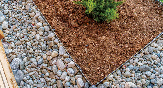 Steel edging (Photo: Coyote Landscape Products)