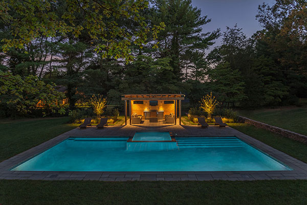 View of modernist garden spa (Photo: Ledden Palimeno Landscape Co.)