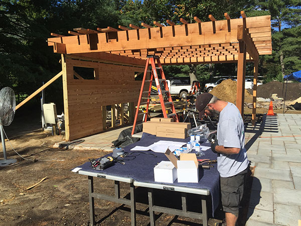 Pergola and construction view (Photo: Ledden Palimeno Landscape Co.)
