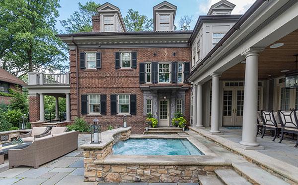 Back patio of house (Photo: Ian Adams Photography)