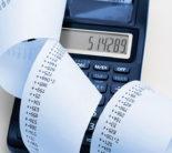 Calculator and billing (Photo: iStock.com/stuartbur)