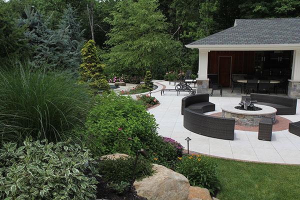 yard view (Photo: Brian Koribanick)