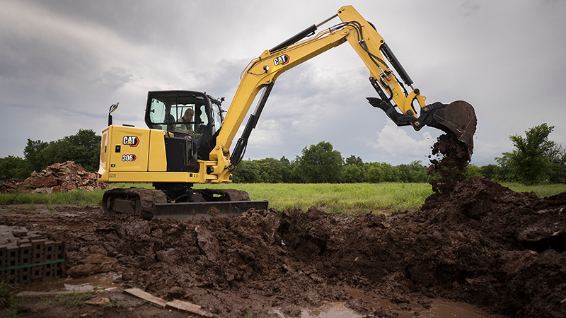 Cat 306 CR next gen mini hydraulic excavator