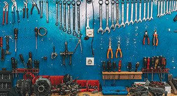Work tools (Photo: iStock.com/Obradovic)