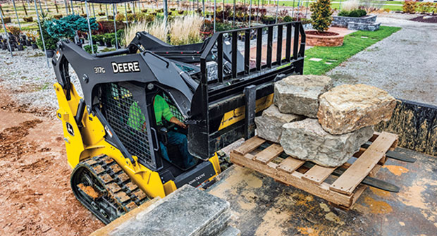 Track loader in action (Photo: John Deere)