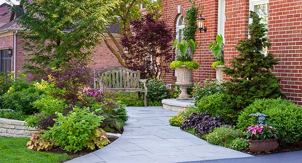 Grant & Power Landscaping hardscape project (Photo: Grant & Power Landscaping/Karen Knecht Photography)