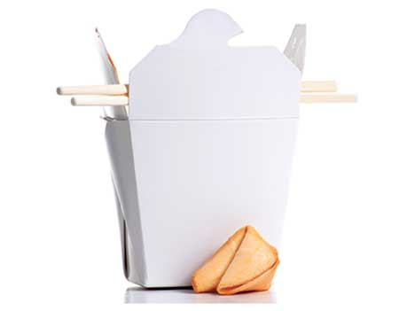 Chinese takeout box and fortune cookie (Photo: Kreinick/iStock/Getty Images Plus/Getty Images)
