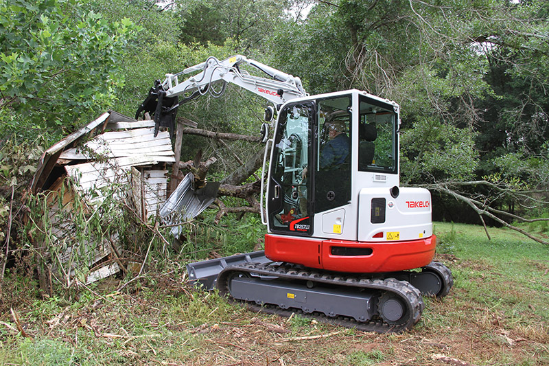 Takeuchi's TB257FR features a patented side-to-side offset boom combined with a tight tail swing. (Photo: Takeuchi)