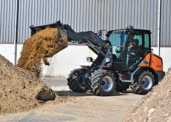 Giant 3500 loader (Photo: Giant)