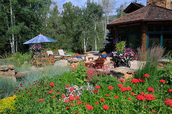 Maintenance project (Photo: Rocky Mountain Custom Landscapes)