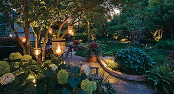 Landscape lighting patio (Photo: Linda Oyama Bryan)