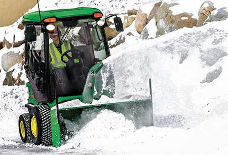 Snow attachment (Photo: John Deere)