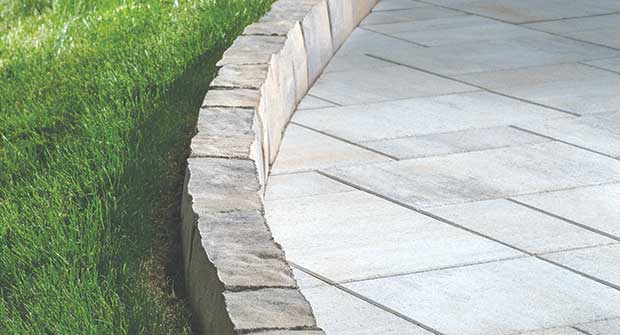 Edging (Photo: Belgard)