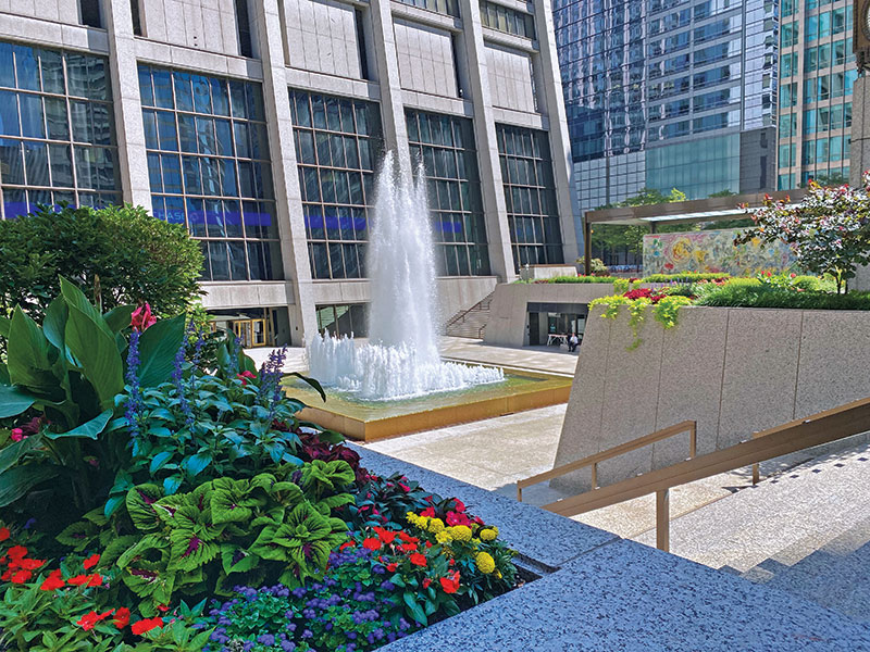 Chase Tower Plaza (Photo: Moore Landscapes)