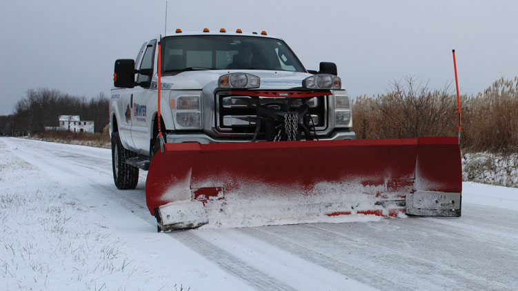 Winter Equipment's Pegasus Expandable Plow system consists of the company's heavy-duty Razor cutting edge combined with its WinterFlex rubber wings. (Photo: Winter Equipment)