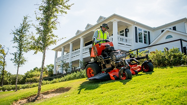 The SZ Series was designed with a low center of gravity for exceptional stability. (Photo courtesy of Kubota)